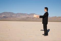 бизнесмен коробки Стоковая Фотография