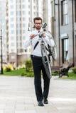 Бизнесмен на идти Стоковая Фотография