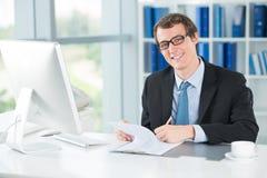 Бизнесмен на работе Стоковое фото RF