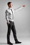 Бизнесмен достигает вне для того чтобы трясти руки Стоковое Изображение RF