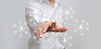 Бизнесмен отжимая высокотехнологичную кнопку Стоковые Изображения RF