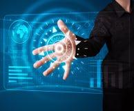 Бизнесмен отжимая высокотехнологичный тип самомоднейших кнопок Стоковое Изображение RF