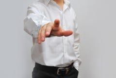 Бизнесмен отжимая мнимую кнопку Стоковая Фотография RF