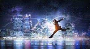 бизнесмен празднуя успех Мультимедиа стоковое фото rf