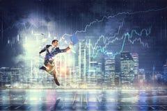 бизнесмен празднуя успех Мультимедиа Стоковое Изображение RF