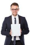 Бизнесмен представляя ПК таблетки, усмехаясь стоковая фотография rf