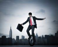 Бизнесмен принимая риск в Нью-Йорке Стоковая Фотография RF