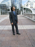 бизнесмен смотря вне Стоковая Фотография RF