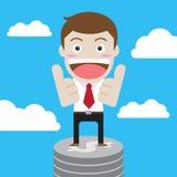 Бизнесмен стоит на монетке доллара Стоковые Фотографии RF