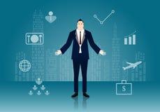 Бизнесмен стоя самостоятельно с городом на предпосылке Стоковая Фотография RF