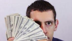 Бизнесмен счастлив его деньги видеоматериал