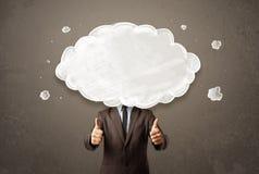 Бизнесмен с белым облаком на его головной принципиальной схеме Стоковая Фотография