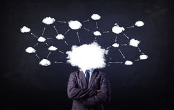 Бизнесмен с головой сети облака Стоковое Изображение RF