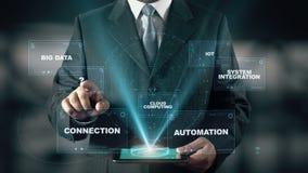 Бизнесмен с индустрией 4 0 концепций hologram сток-видео