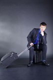 Бизнесмен с чемоданом Стоковые Фотографии RF