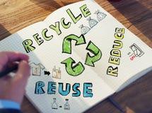 Бизнесмен с энергией и экологической концепцией Стоковое Фото
