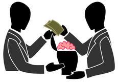 Бизнесмен торгует другим мозгом людей как pr Стоковое фото RF
