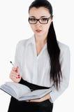 Бизнес-леди держа руки внутри ежедневно, изолированный на белом backgro стоковое изображение