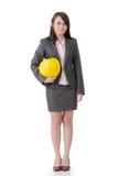 Бизнес-леди держа шляпу стоковые фото