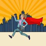 Бизнес-леди искусства шипучки супер при красная накидка бежать с портфелем иллюстрация штока