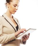 Бизнес-леди работая на таблетке Стоковое фото RF