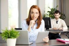 Бизнес-леди среднего возраста Стоковое Изображение