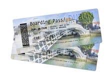 Билеты посадочного талона авиакомпании к Дублину - самому известному мосту Стоковые Фото