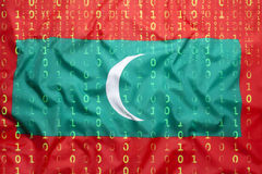 Бинарный код с Мальдивами сигнализирует, концепция защиты данных Стоковое фото RF