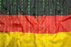 Бинарный код с флагом Германии, концепция защиты данных Стоковые Фотографии RF