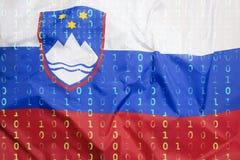Бинарный код с флагом Словении, концепция защиты данных Стоковые Фото