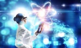 Биохимия и технологии Мультимедиа Стоковая Фотография RF