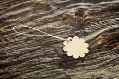 Бирка цветка форменная деревянная Стоковые Фотографии RF