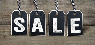 Бирки и ярлыки со скидкой продажи особенного предложения стоковая фотография rf
