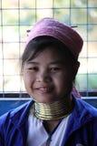 Бирманская маленьк-женщина жирафа Стоковые Изображения