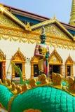 Бирманская скульптура божества попечителя вызвала Yaksha в буддийском templ стоковая фотография