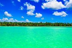 Бирюза Доминиканской Республики карибского моря стоковое изображение rf