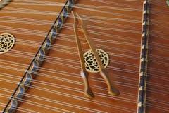 Бить молотком молотком конец Dulcimer вверх по акустической музыке Стоковое Изображение RF