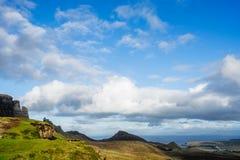 Благоустраивайте взгляд гор Quiraing на острове Skye, шотландский h Стоковые Фото