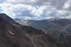 Благоустраивайте панораму Ã-tztal Альпов около Sölden в Тироле, Австрии стоковое фото
