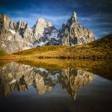 Бледный di san martino на горных вершинах стоковое изображение
