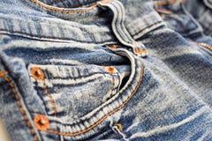 близкая джинсовая ткань вверх Стоковые Фото
