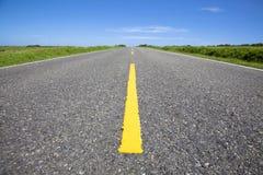 близкая пустая дорога вверх стоковые изображения rf