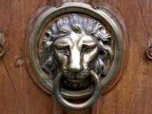 близкая ручка двери снятая вверх стоковая фотография rf