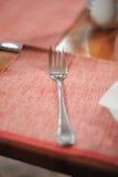 близкая таблица фото ножа вверх Стоковая Фотография