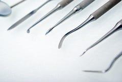 близкие зубоврачебные аппаратуры вверх Стоковое фото RF