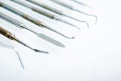близкие зубоврачебные аппаратуры вверх Стоковые Изображения RF
