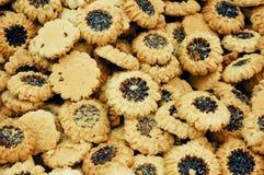 близкие печенья выходят раговорного жанра вышед на рынок на рынок стоковые фотографии rf