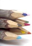 близкий карандаш наклоняет вверх по древесине Стоковое Фото