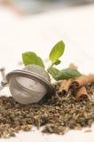 близкий свежий чай листьев вверх Стоковая Фотография RF