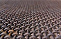 Близкий фокус заржаветой решетки сетки Стоковая Фотография